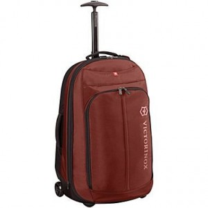 victorinox-25in-rolling-suitcase_MAROON