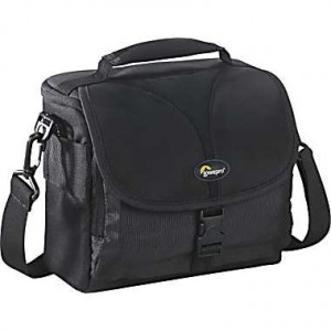 picture of Lowepro Rezo 160 AW SLR Camera Case Deal