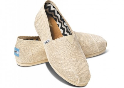 picture of TOMS Extra 30% Off Sitewide