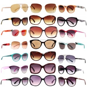 picture of Kenneth Cole Reaction Sunglass Sale