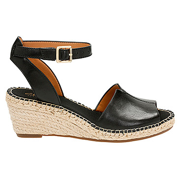 womens-clarks-petrina-selma-black-leather-489644_366_rt