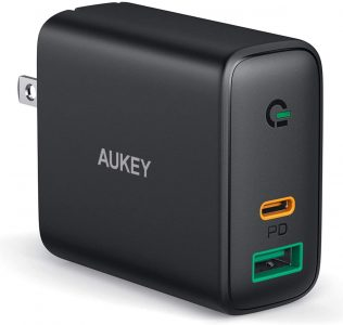 picture of AUKEY USB C Charger, Fast Charger 30W - iPhone 11, Airpods Pro, Switch, MacBook, etc