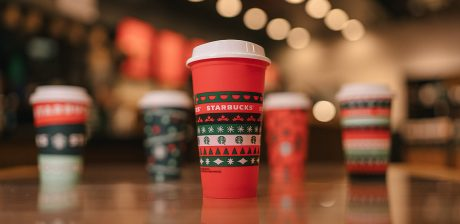 picture of Starbucks Stores: Purchase Any Holiday Drink & Get Collectible Holiday Cup