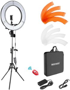 picture of Neewer Right Light Kit with Tripod and more